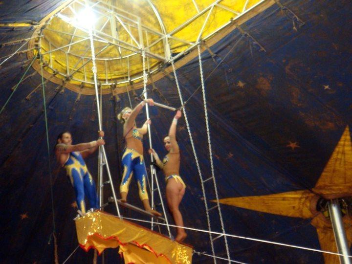 La circ si circulatul noaptea in Asuncion